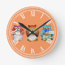Three wise owls round clock