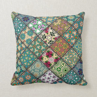 Throw Cushion with Patchwork Square Pillows