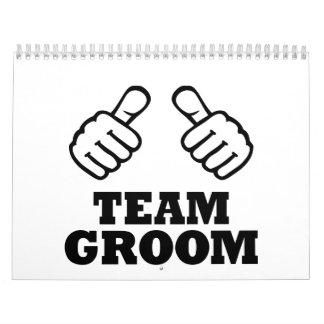 thumbs_team_groom.png calendar