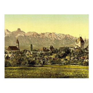 Thun iglesia y castillo con la vista de Stockhor Tarjeta Postal