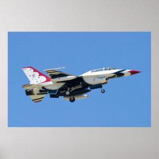 Thunderbirds #8 del U.S.A.F. en acercamiento Póster