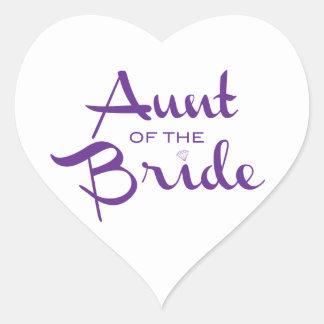 Tía de la púrpura de la novia en blanco pegatina en forma de corazón