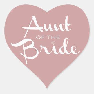Tía del blanco de la novia en color de malva pegatina en forma de corazón