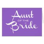 Tía del blanco de la novia en púrpura tarjeta de felicitación