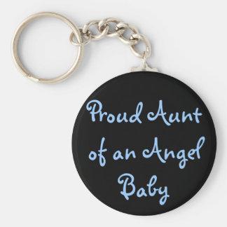 Tía orgullosa de un bebé del ángel llavero redondo tipo pin