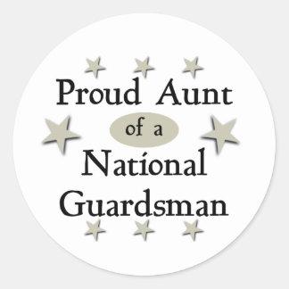 Tía orgullosa de un soldado de la guardia nacional pegatina redonda