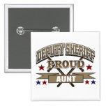 Tía orgullosa del ayudante del sheriff pins