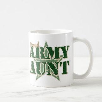Tía orgullosa del ejército taza básica blanca