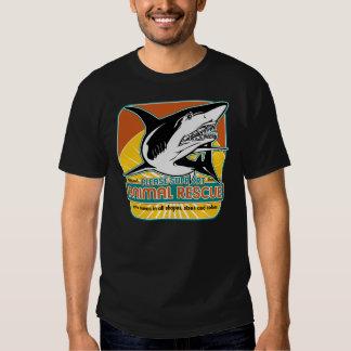 Tiburón animal del rescate playeras