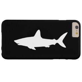 Tiburón blanco y negro de la natación funda para iPhone 6 plus barely there