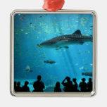 Tiburón de ballena masculino ornamento de navidad