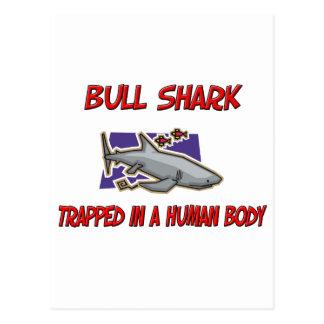 Tiburón de Bull atrapado en un cuerpo humano Postal