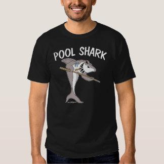 Tiburón de la piscina camisas