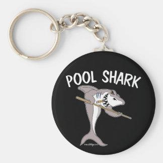 Tiburón de la piscina llavero redondo tipo pin