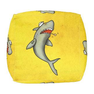 Tiburón del marinero de la escuela vieja puff cuadrado