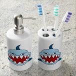 Tiburón enojado conjunto de baño