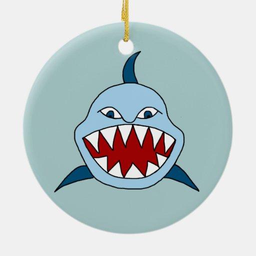 Tiburón enojado adorno de navidad
