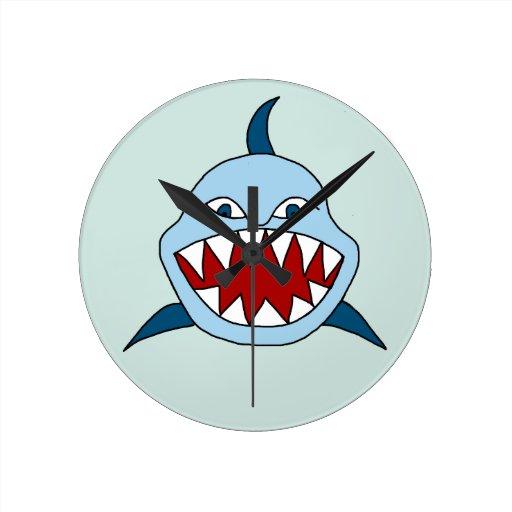 Tiburón enojado reloj