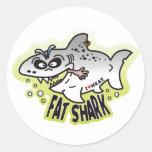 Tiburón gordo pegatina redonda