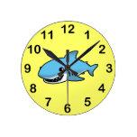 Tiburón lindo relojes de pared