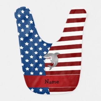 Tiburón patriótico conocido personalizado baberos de bebé