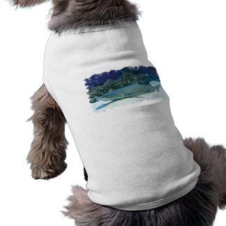 Tiburones en camisa del mascota del arrecife de co playera sin mangas para perro