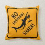 Tiburones ninguna almohada de tiro de la señal de