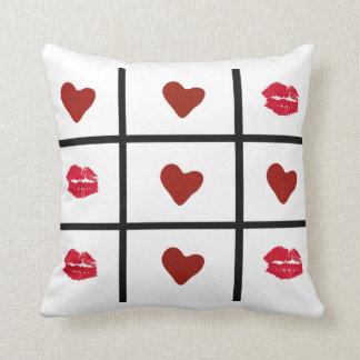 Tic Tac Toe Love! Throw Pillow