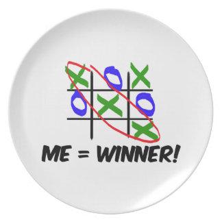 Tic Tac Toe Winner Dinner Plates