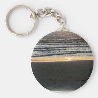 Tide Layers Keychain