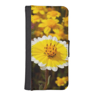 Tidy Tip Wildflowers iPhone 5 Wallet Case