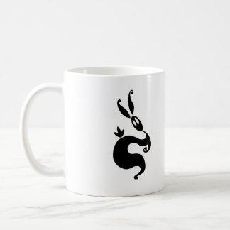 Tiembla el conejo de la sombra taza de café