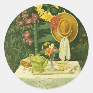 Tiempo 1144 del té en jardín pegatina redonda
