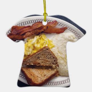 Tiempo de desayuno - el tocino Eggs arenas de la Adorno De Cerámica En Forma De Playera