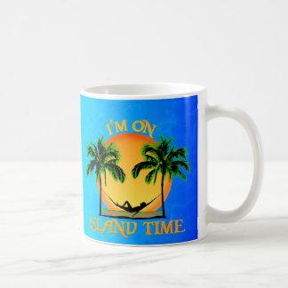 Tiempo de la isla taza básica blanca