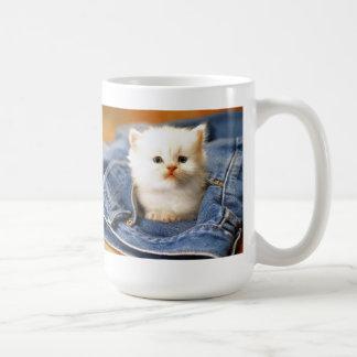 tiempo del gatito taza básica blanca