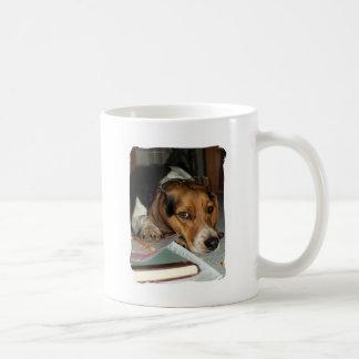 Tiempo del impuesto taza de café