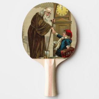 Tiempo del padre que sacude las manos pala de ping pong
