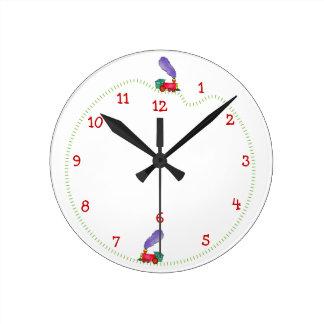 Tiempo del tren de la charla de Clickety Reloj Redondo Mediano