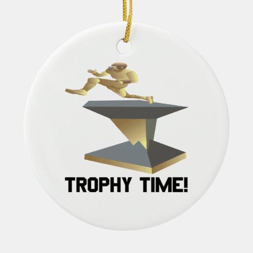 Tiempo del trofeo adorno navideño redondo de cerámica