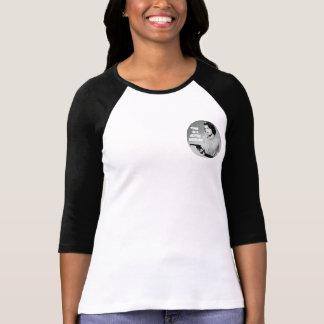 Tiempo en una camiseta de las mujeres del fin de playeras