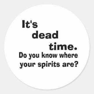 Tiempo muerto paranormal pegatinas redondas
