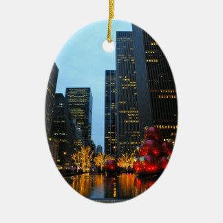 Tiempo NYC del navidad Adorno Ovalado De Cerámica