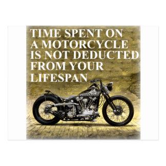 Tiempo pasado en una motocicleta postal