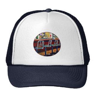 Tienda de chucherías con la fuente de soda gorras de camionero