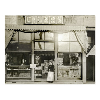 Tienda de cigarro circa 1900 tarjeta postal