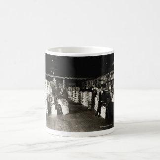 Tienda de la alimentación de Purina, circa 1930 Tazas De Café