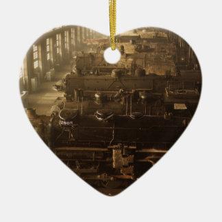 Tienda de la locomotora ferroviaria de Chicago Adorno De Cerámica En Forma De Corazón