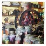 Tienda general con los tarros del caramelo azulejo ceramica