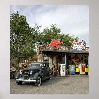 Tienda general de la ruta 66 y gasolinera posters